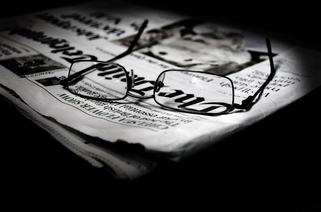 How successful writers lure readers: They write ace headlines
